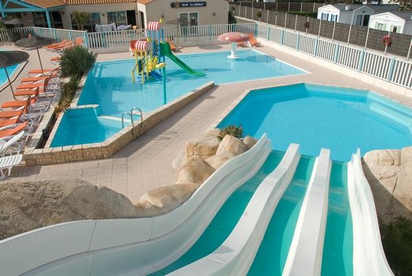 Vm piscines les r alisations de piscines sur mesure for Piscine coque sur mesure