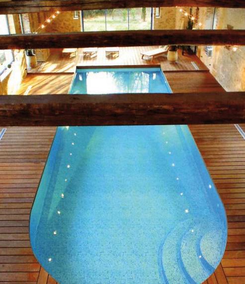 Vm piscines les r alisations de piscines sur mesure for Accessoire piscine 44